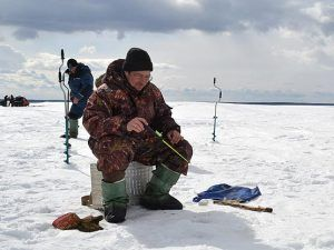 winter_fishing3